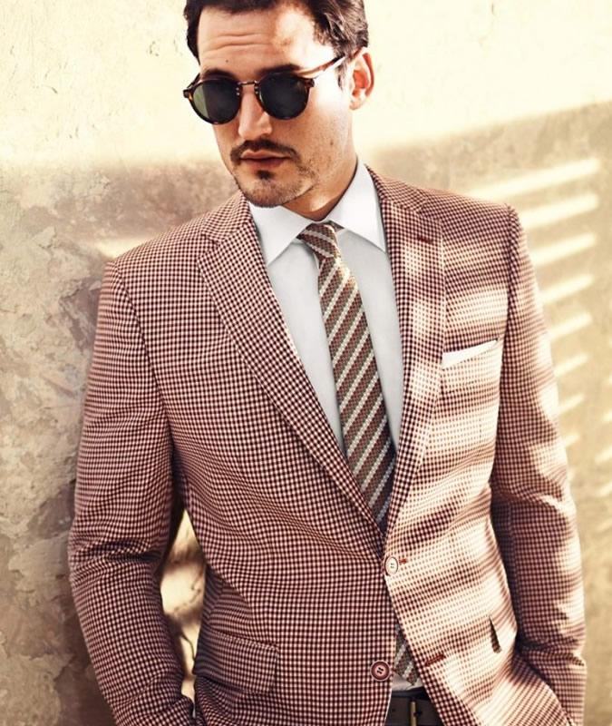 کت و کراوات طرحدار