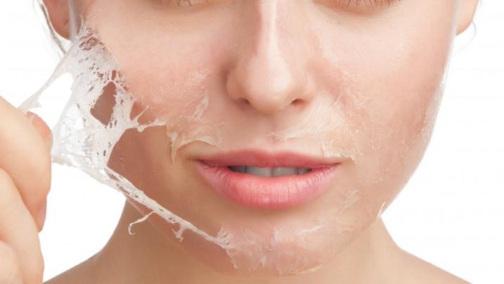 اسکراب پوست سلولهای مرده را از بین میبرد